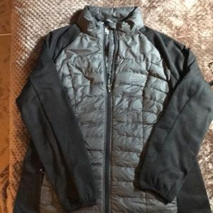 Light weight downfilled jacket